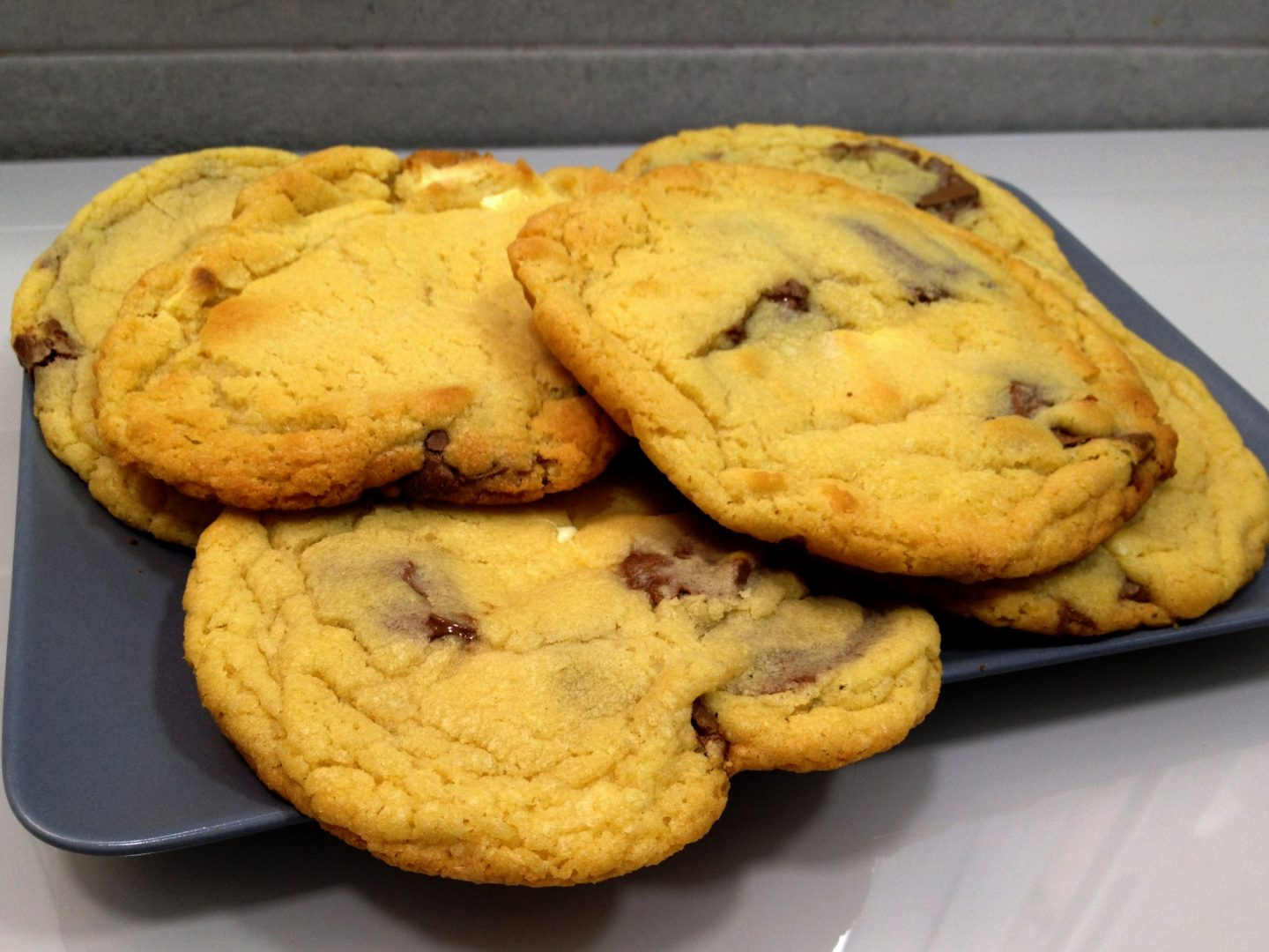 Tanya Burr's White & Milk Chocolate Cookies
