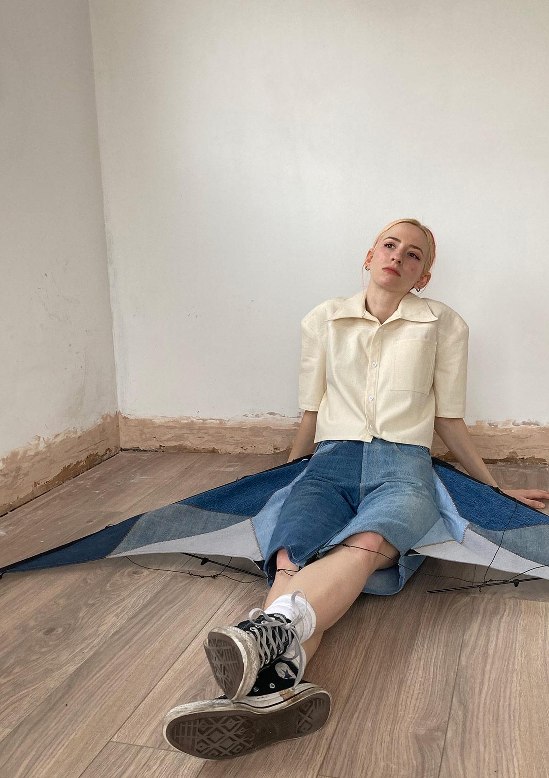 alexandra armata jeans fashion designer csm kite